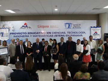 Proyecto Educativo STEM en Panamá