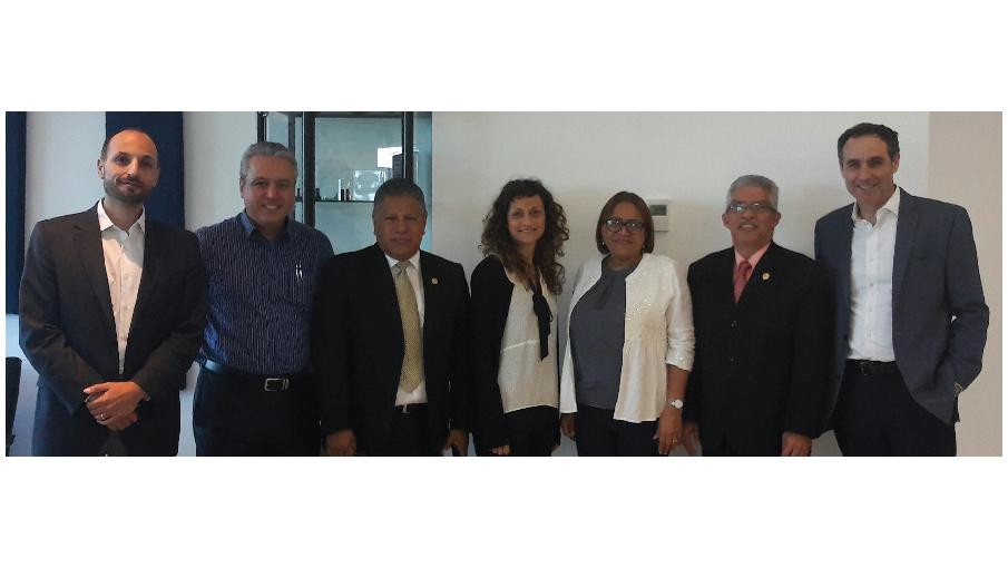 La USMA participa en reunión con el BID y SENACYT