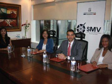 Docentes de la USMA forman parte de jurado en concurso de prensa